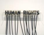 1-a-molodkin-petrole-brut-en-forme-de-human-rights-2006-bloc-dacrylique-et-petrole-brut19x-123x62cmed-3-sur-3-courtesy-galerie-orel-art-paris